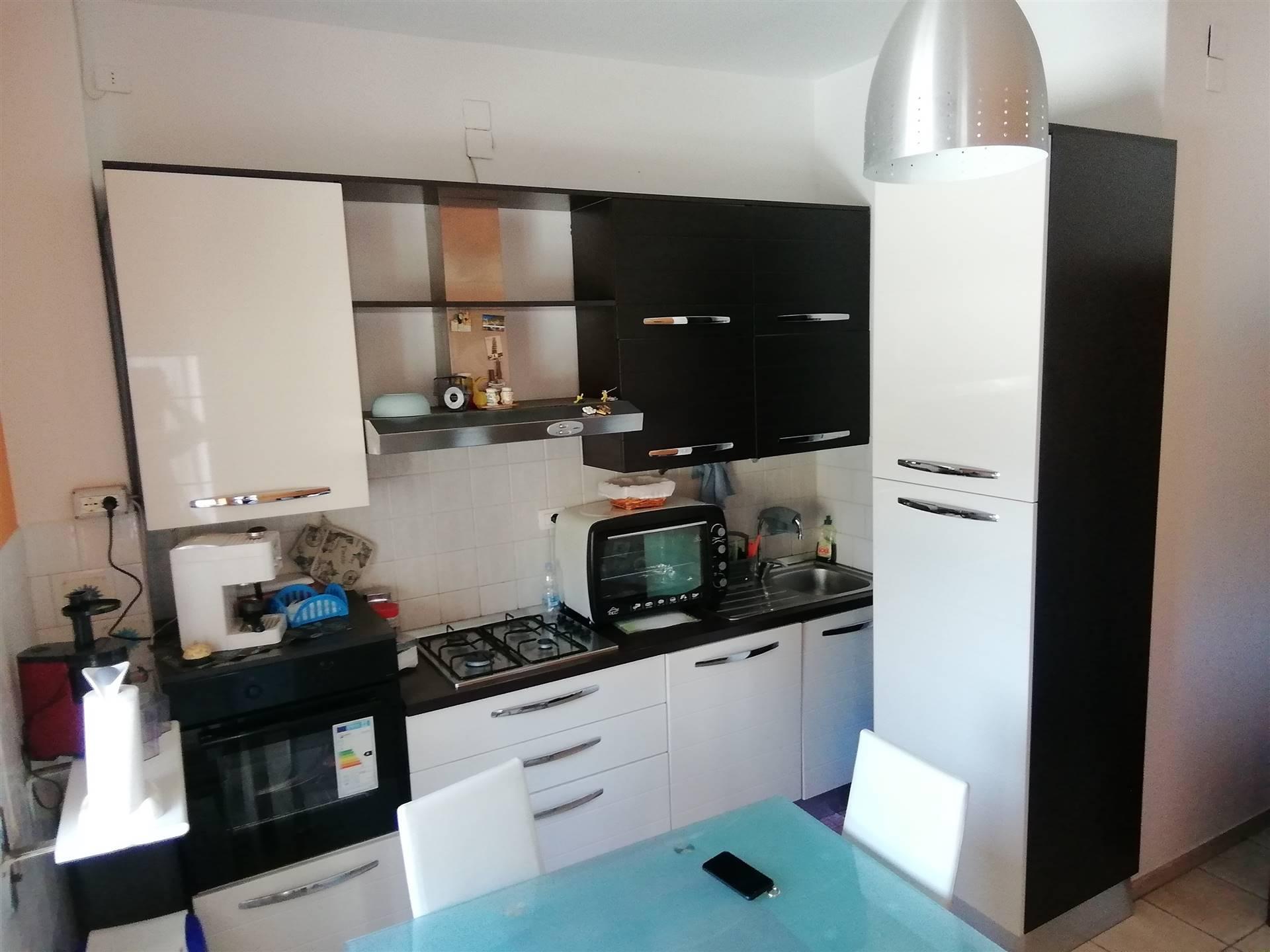 Appartamento in vendita a Caltagirone, 6 locali, prezzo € 154.000 | CambioCasa.it