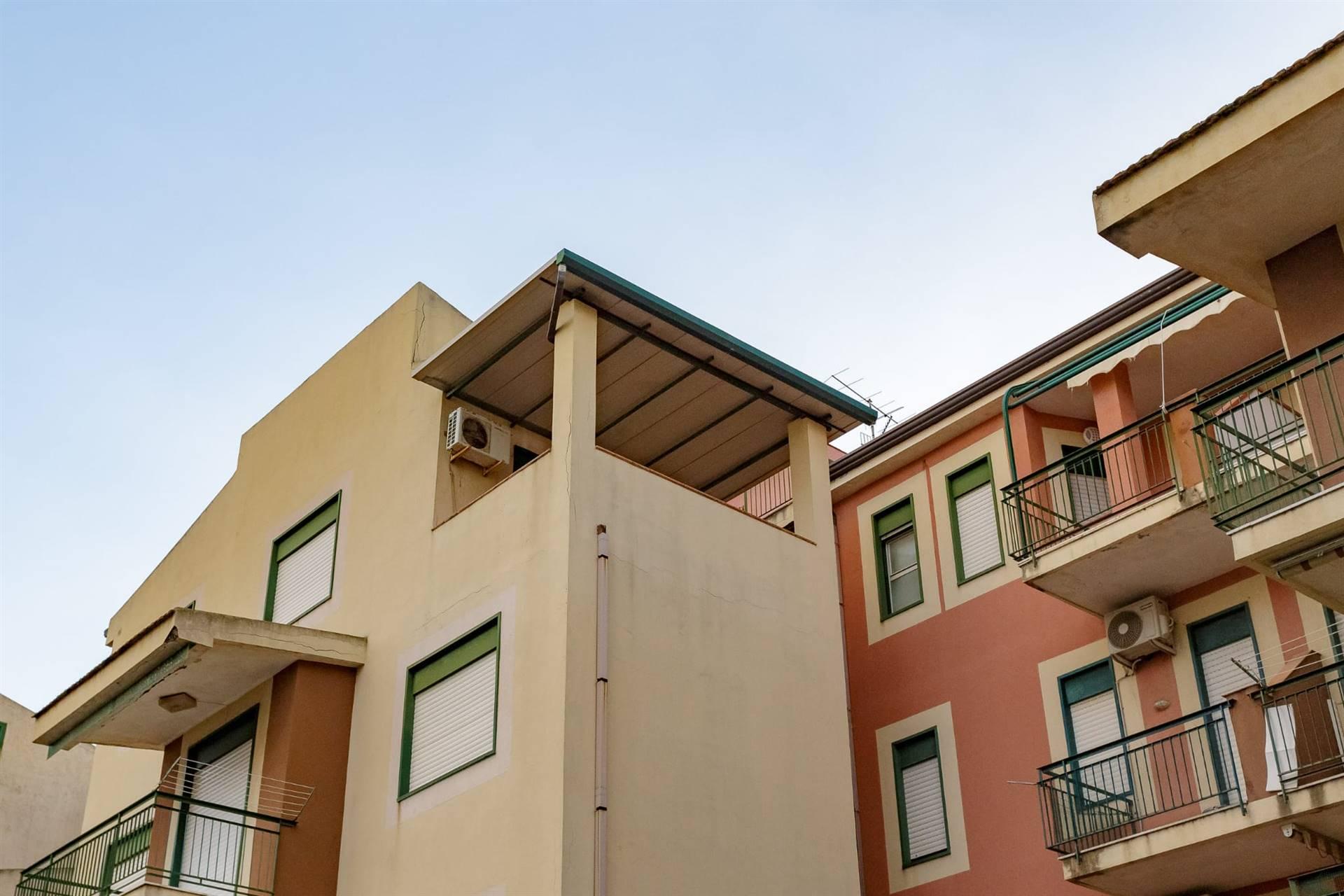 Appartamento in vendita a Giardini-Naxos, 2 locali, prezzo € 79.000 | CambioCasa.it