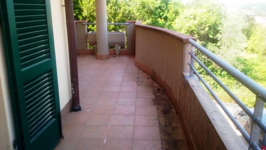 Appartamento in vendita a Montecatini-Terme, 4 locali, prezzo € 225.000   PortaleAgenzieImmobiliari.it