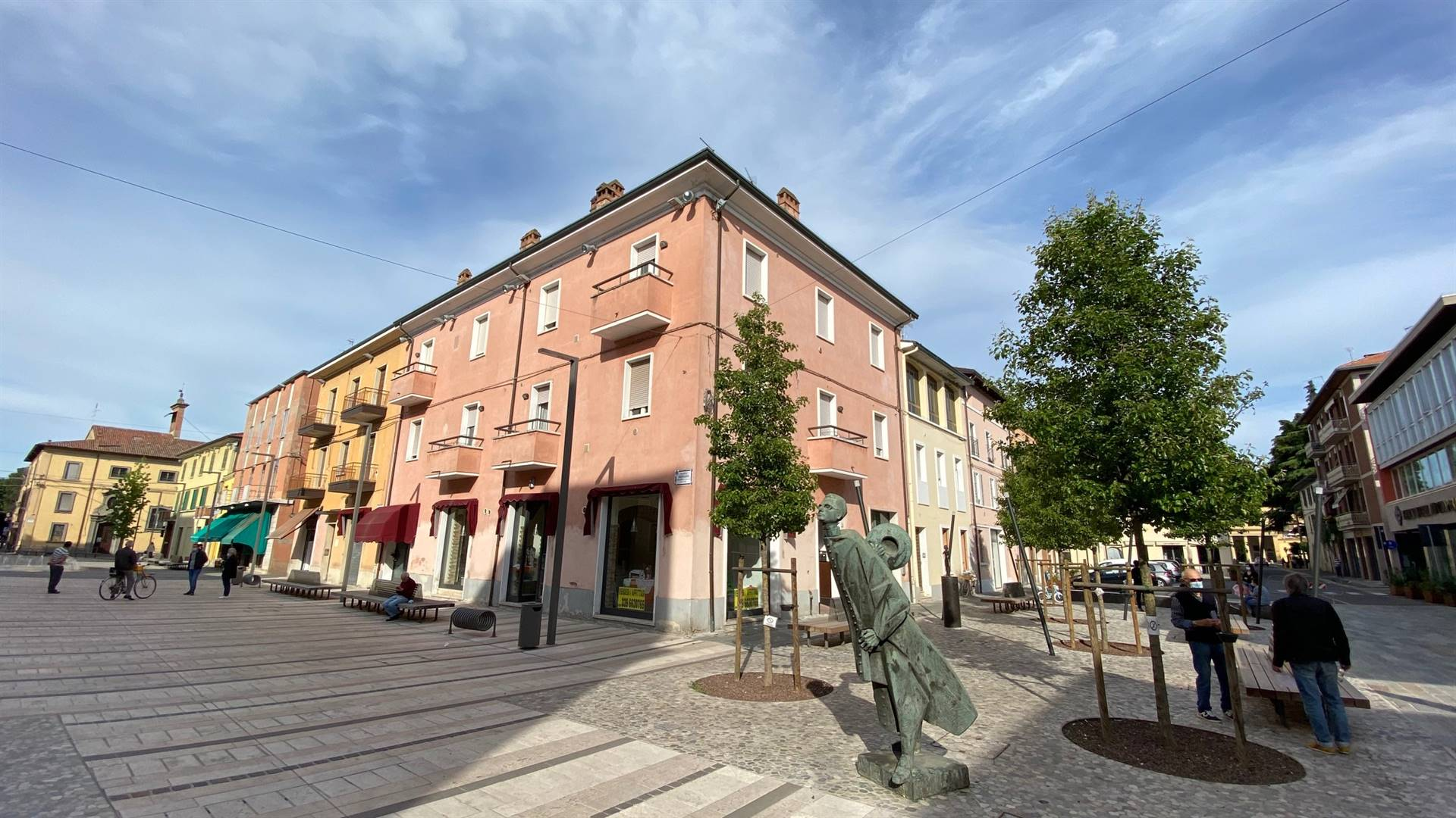 Piazza Fanti