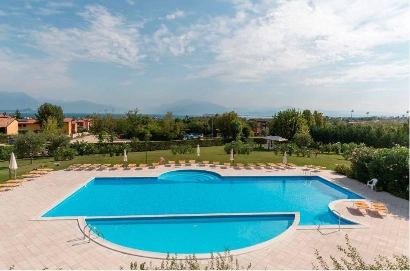 Appartamento in affitto a Desenzano del Garda, 2 locali, prezzo € 500 | CambioCasa.it