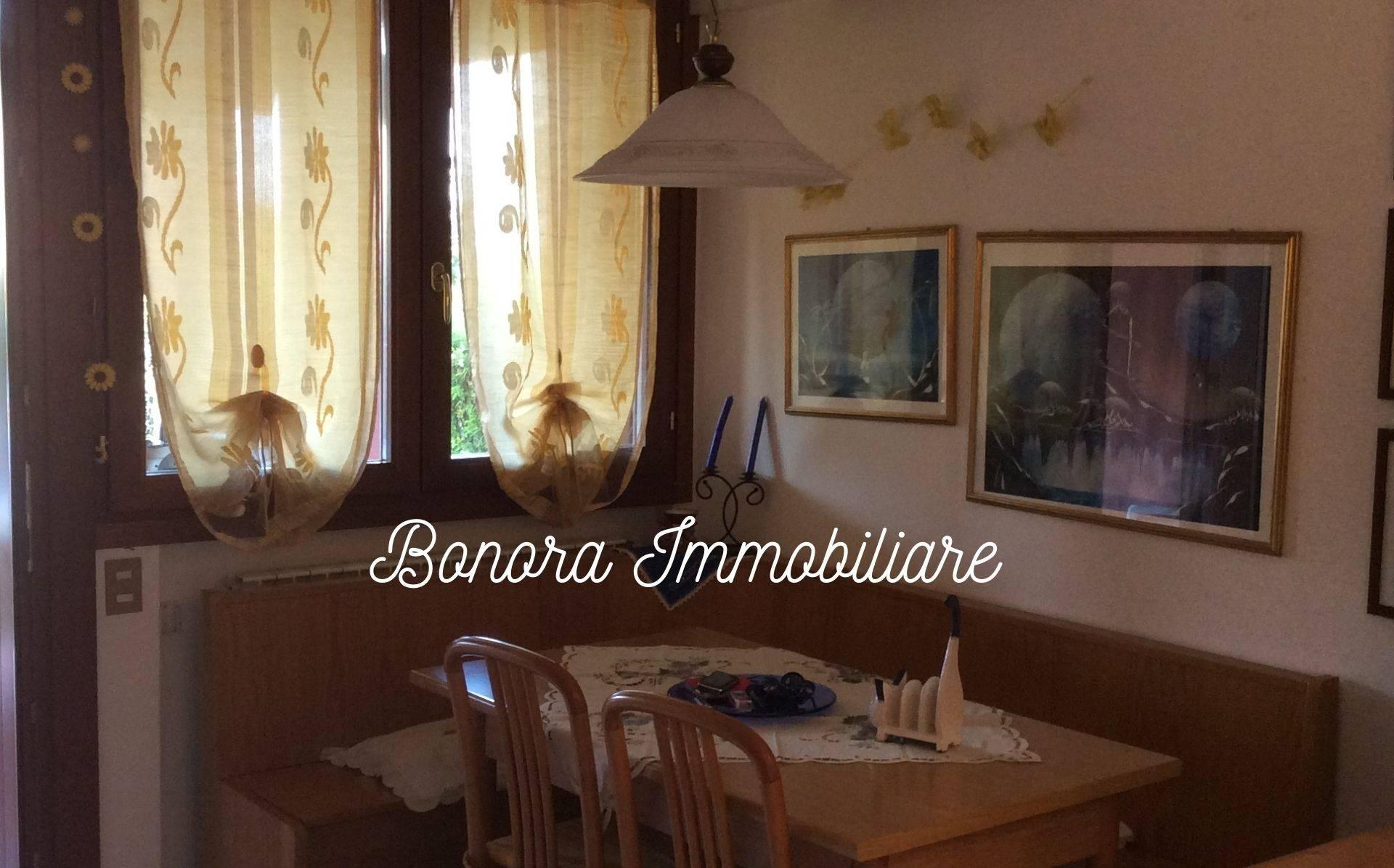 Appartamento in affitto a Desenzano del Garda, 2 locali, prezzo € 550 | CambioCasa.it