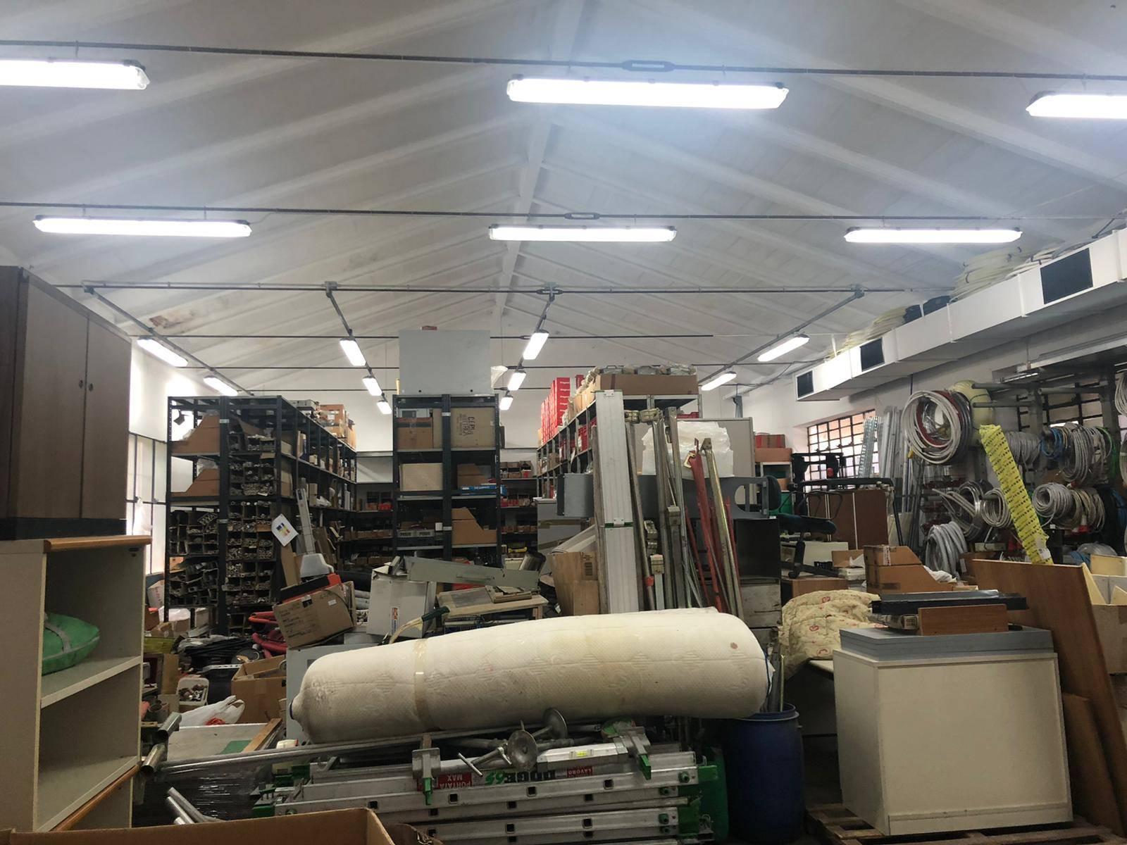 MONSUMMANO TERME, Laboratorio in vendita di 500 Mq, Buone condizioni, posto al piano Terra, composto da: 4 Vani, 3 Bagni, Terrazza, Prezzo: € 465.000