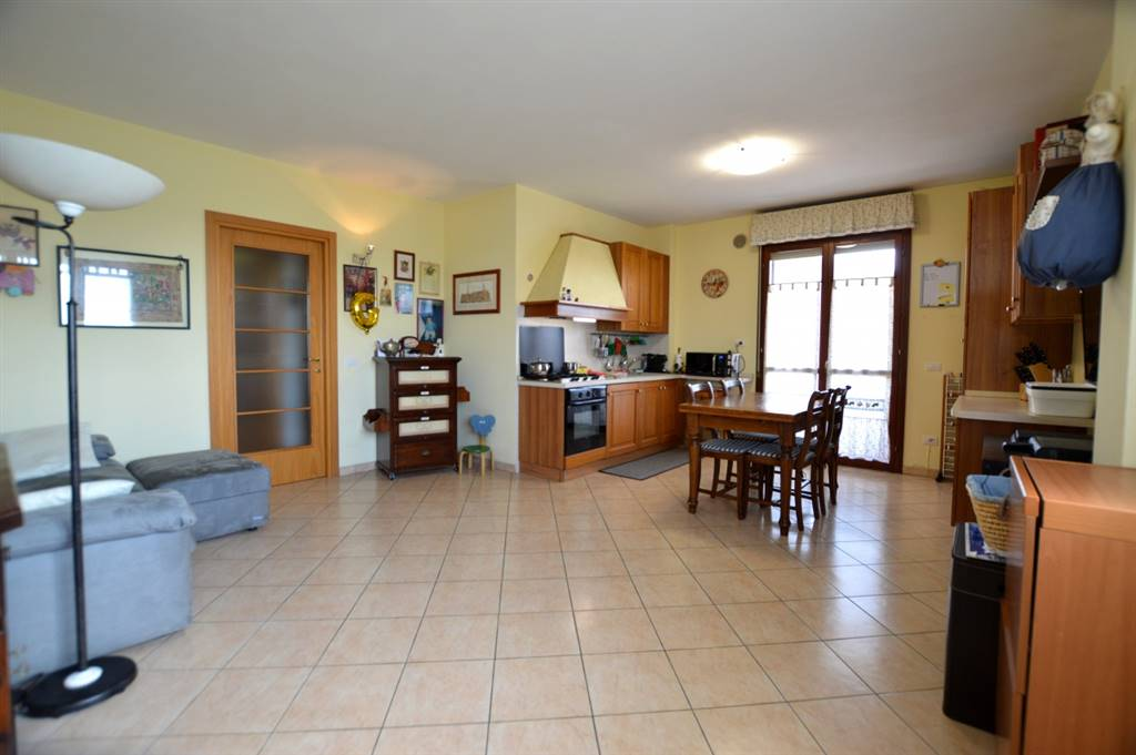 MORE DI CUNA, MONTERONI D'ARBIA, Apartment for sale of 73 Sq. mt., Excellent Condition, Heating Individual heating system, Energetic class: G, Epi: 180,6 kwh/m2 year, placed at 2° on 3, composed by: