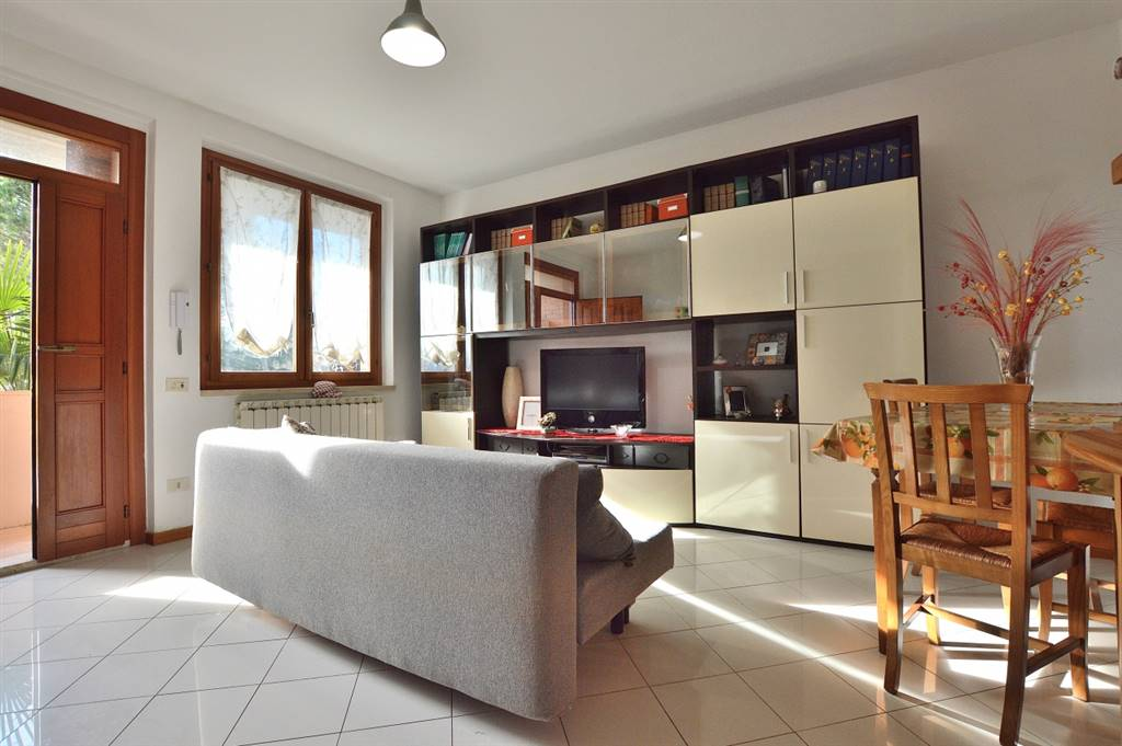 MONTERONI D'ARBIA, Apartment for sale of 70 Sq. mt., Good condition, Heating Individual heating system, Energetic class: F, Epi: 168,74 kwh/m2 year, placed at 1° on 1, composed by: 4 Rooms,