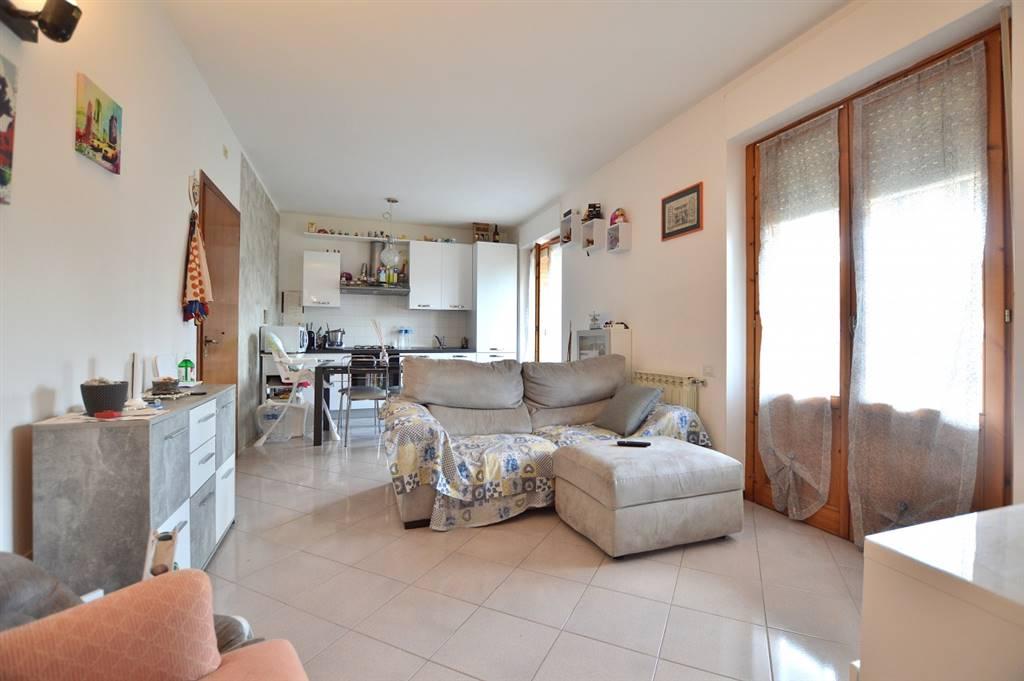 In località Sant'Andrea a Montecchio, in piacevole contesto residenziale, proponiamo appartamento posto al secondo ed ultimo piano di una piccola