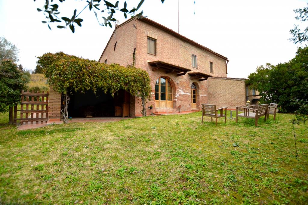 CHIUSURE, ASCIANO, Apartment for sale of 250 Sq. mt., Excellent Condition, Heating Individual heating system, Energetic class: F, Epi: 298,1 kwh/m2