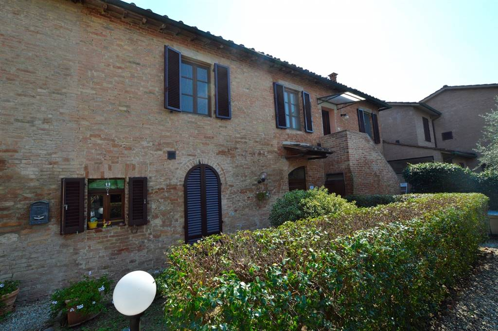 MORE DI CUNA, MONTERONI D'ARBIA, Apartment for sale of 88 Sq. mt., Excellent Condition, Heating Individual heating system, Energetic class: G, Epi: 350 kwh/m2 year, placed at 1° on 1, composed by: 4