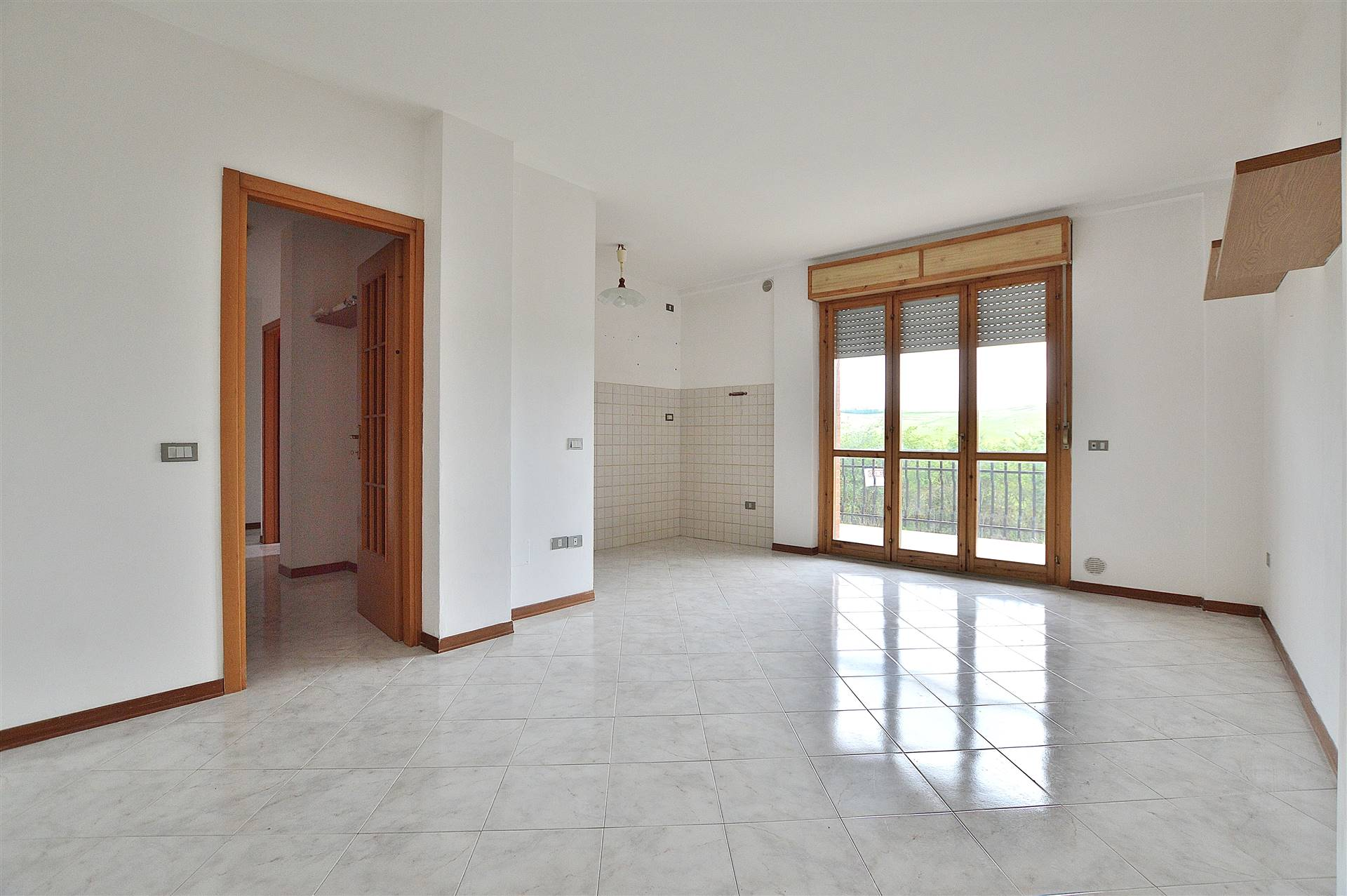 ISOLA D'ARBIA, SIENA, Apartment for sale of 72 Sq. mt., Good condition, Heating Individual heating system, Energetic class: G, Epi: 175 kwh/m2 year, placed at 1° on 2, composed by: 3 Rooms,