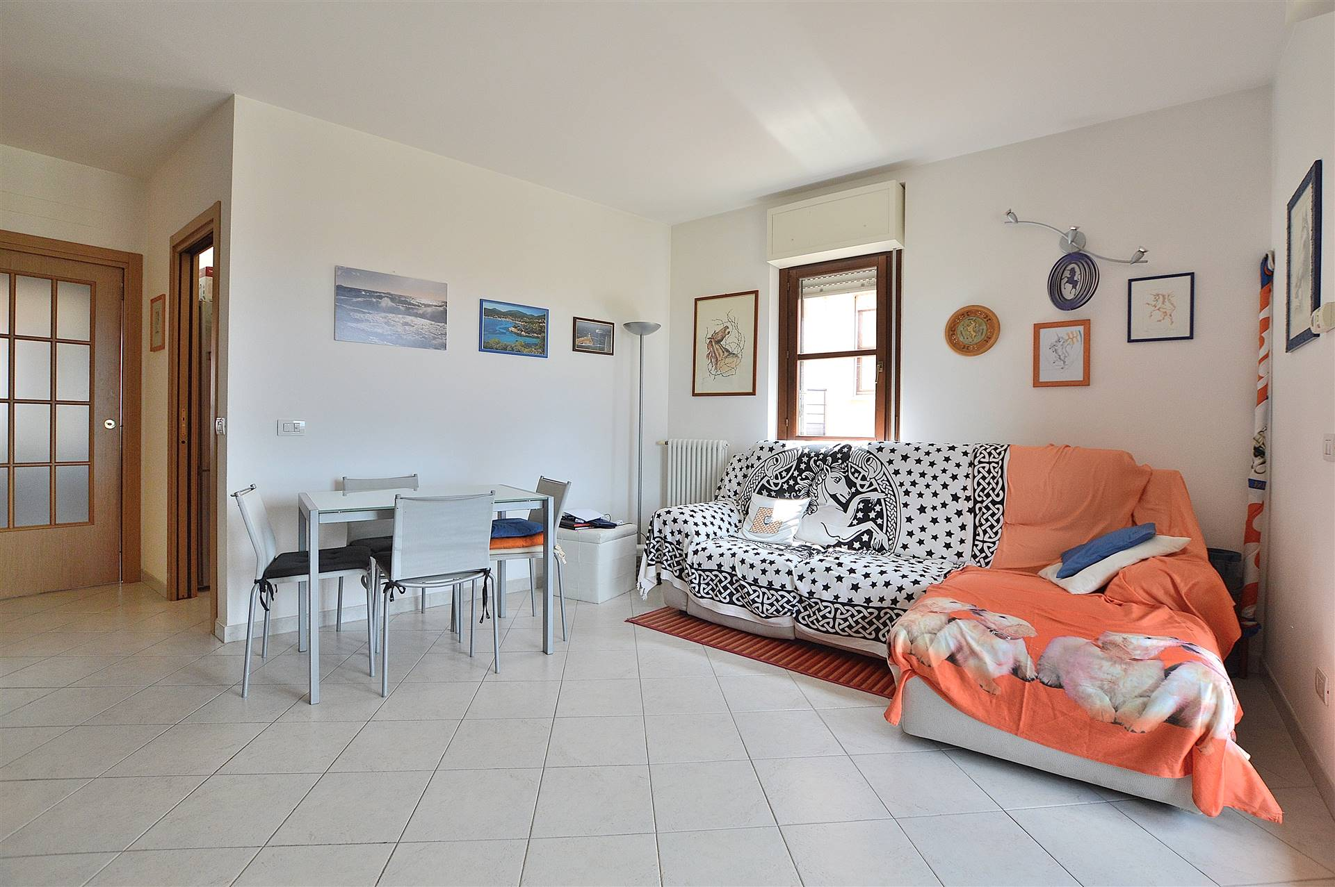 In località Arbia, in piacevole contesto residenziale, proponiamo grazioso appartamento di recente costruzione posto al secondo piano con ascensore