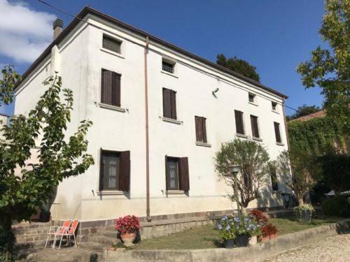 Villa Bifamiliare in vendita a Vescovana, 6 locali, prezzo € 220.000 | CambioCasa.it