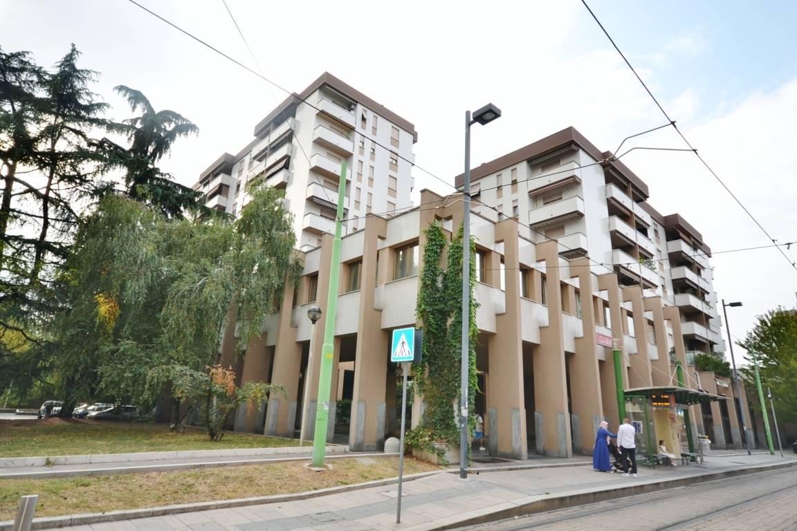 Vendita Trilocale Appartamento Cinisello Balsamo via libertà  86 295044